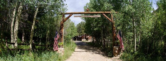 Entrance to the 'Lone Star'