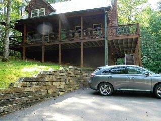 Unwind at Eagles Peak by the Chattahoochee National Forest!