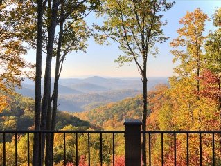 Spectacular Blue Ridge Mountain View in Cliffs Valley