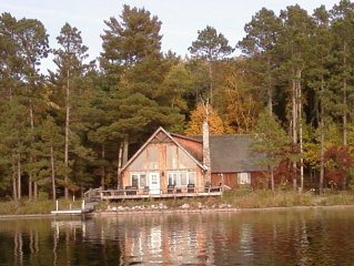 Charming Northwoods Lake Cabin in Natural Setting
