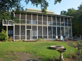 4000sq Feet Of Fun And Relaxation On The Marsh! Minutes From Downtown And Beach!