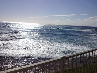 Unbeatable Ocean View on Makaha Beach for 2