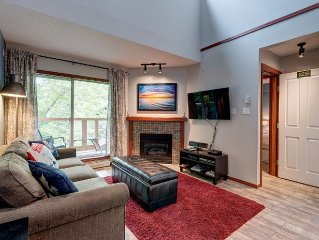 Stunning new 2 Bdrm with Loft & Private Hot Tub