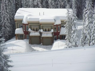 Snow Dreams Chalet: Luxury Mountain Home with Ski In/out to Downhill and Nordic