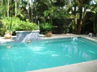 Private Four Bedroom Home with Pool-Close to Beac
