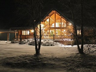 Luxury Lodge on Lake Near Snowbasin and Powder Mountain