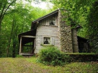 1 Bdrm Romantic Retreat On Private Cascading Stream Secluded Nature Escape