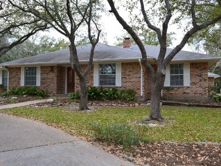 Great for Large Groups / Long term for spring/summer. Very Close to Texas A&M!