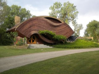 Organic Architecture, Center of California, on Collins Creek