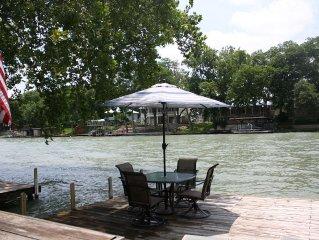 Birdnest Lake House -- Spacious Lake McQueeney Home