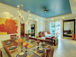 AFFORDABLE LUXURY! 1700 SF 2 BDRM P.H. IN HEART OF OLD VALLARTA! WALK EVERYWHERE