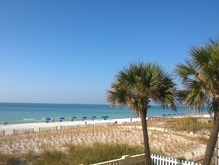 Spectacular Panoramic Gulf View - Private Balcony - Beachfront - Beach Chairs