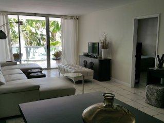 Gorgeous Condominium on the Ocean - Minutes from South Beach!