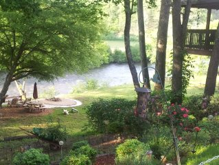 Toccoa River Lodge- Best Location on the River. Very Private!