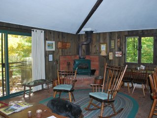 Secluded, cozy and affordable!  Beautiful setting in the woods