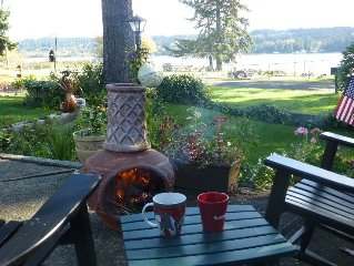 Relax and enjoy life on scenic Hood Canal