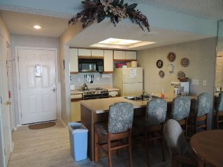 Rosie's Place, Pet Friendly and Walk to the Lake