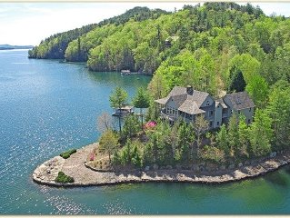 Lake Jocassee, Lakefront Home - Boat Included - 30 mi Clemson Univ.