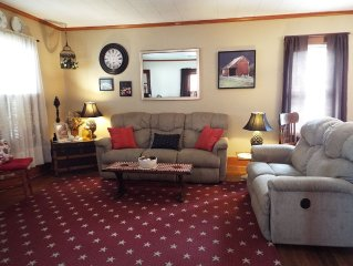3 Bedroom House - 2 Minute Drive From The Niagara Falls Park And Attractions