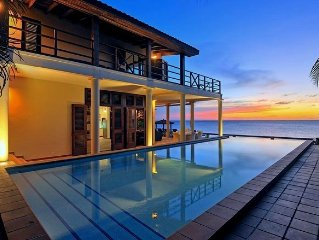 Luxurious Villa with Pool and Direct Access to Caribbean Ocean