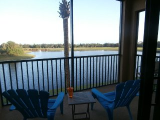 Warmth & Sunshine - Luxurious Country Club 2 Bd Condo With Gulf Course View