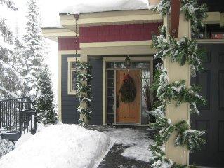 Executive Home -  Sleeps 8 Silver Star Ski Resort