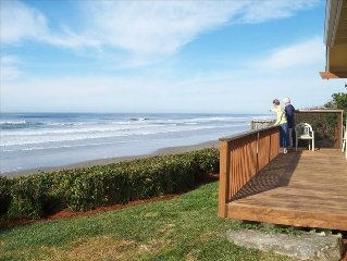 Oceanfront Pano View! -We love our guests!--PETS ok-truly Pacific