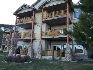 Updated Kimberley Northstar Ski In/Out  2 Bdrm, 2 Bath Condo At top Of T BAR