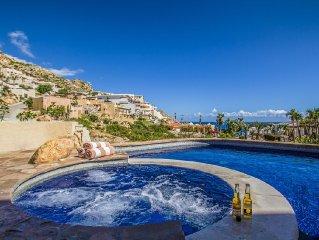 Luxurious Villa Los Amigos Five Star Rating, 4 Bedrooms