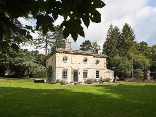 5★ NEWLY RENOVATED LUXURY COTTAGE IN BLENHEIM PALACE PARK, THE COTSWOLDS