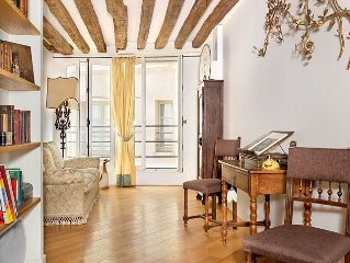 Beautiful One Bedroom With River Views In St Germain!