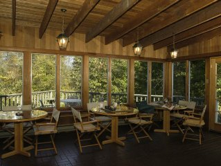 Family Retreat On 50 Acre Country Estate With Private Lake, Woods And Meadows