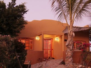 Charming Ocean View, 400 Yards from Beach! Wi Fi