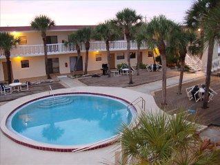 PARADISE AWAITS!  LOW RATES!- Oceanview, Pool, Courtyard ,Wifi, Garage, Beach!