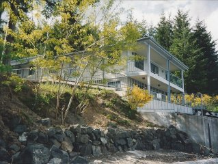 Waterfront Home on Pickering Passage