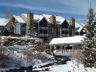 Updated 1br/1 Bath Condo; Ski-In; Walk To Gondo & Downtown; Hotel-Type Amenities