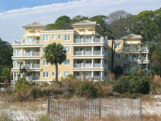 Just redecorated Daufuskie Island getaway, ideal for relaxing, and unwinding
