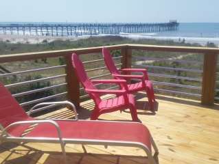 OCEANFRONT Duplex with large 3 level deck next to Oceanana Fishing Pier.
