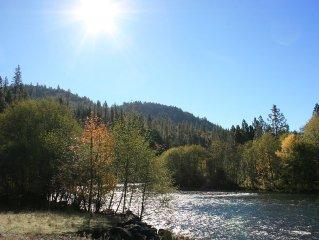 Rogue River Escape - 19 Acres on the Rogue River