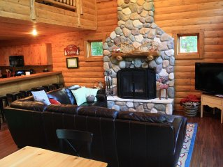 4 BR Mountain Cabin - Book your winter ski trip now!
