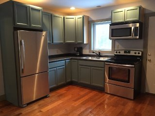 100% Renovated Guest House 3 miles from Sugarbush