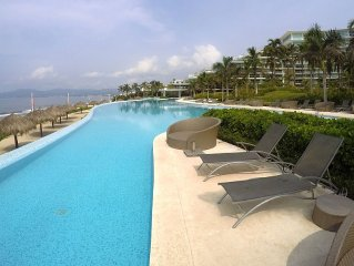Peninsula Nvo Vallarta 6th Floor Beachfront 2bed/2bath Condo With Oceanview Room