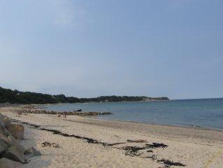 Manomet Weekly Beach Rental, Comfortable open floor plan cottage