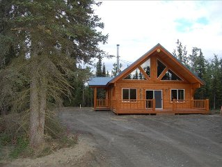 Silver Salmon Lodge, Jacuzzi Tub, Luxury Amenities, Chefs Kitchen, and more!!