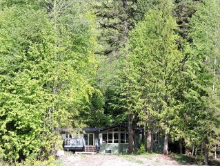 New! Family Friendly Lakeside Vacation Home
