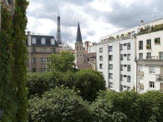 Eiffel Tower views -Left Bank Elegant Apartment near Musee d'Orsay