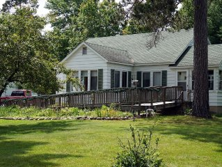 Beautiful Vacation Home on Manitowish River - Boulder Junction