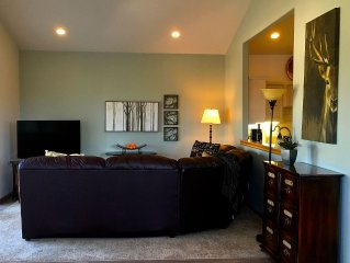 Old Mill District Newly Remodeled Townhouse Great For People Who Play/work Hard!