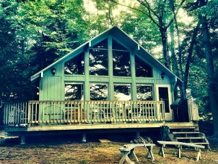 Comfortable lakeside cottage with pretty view of Trickey Pond. Sweet location.