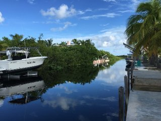 A Boaters Paradise, Family Friendly Keys Home On Serene And Scenic Big Torch Key